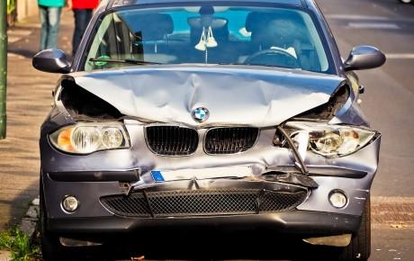 Wie verkaufe ich einen Unfallwagen?